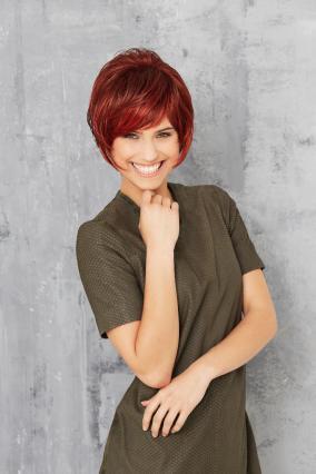 Parrucca_donna_modello_Cosmo_Club_Hair_A_in_capello_sintetico_corto_colore_rosso_mechato_costruzione_in_tessitura